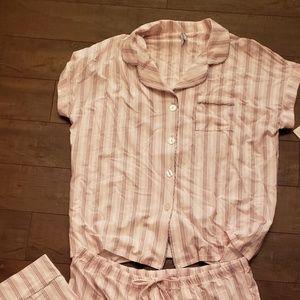NWT Ladies 2 Piece Jockey Capri Pajama Set Sz L